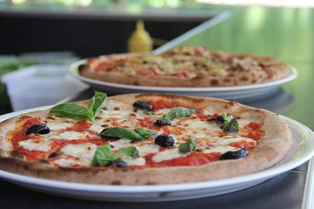 ピザで合コン