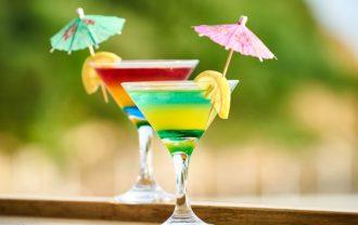 お酒カクテルの画像